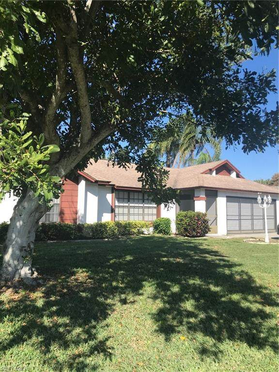1614 Country Club Boulevard, Cape Coral, FL 33990 (#221015435) :: Vincent Napoleon Luxury Real Estate