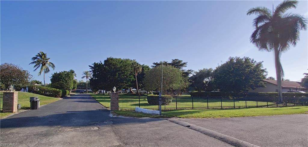 16191 Carver Gardens Drive - Photo 1