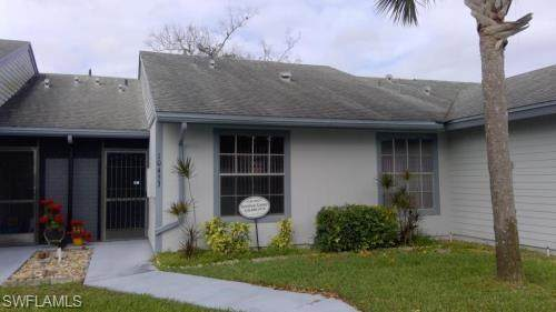 10453 New Bedford Court, Lehigh Acres, FL 33936 (MLS #221028791) :: Medway Realty