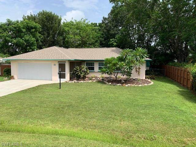 1321 Macombo Road, Fort Myers, FL 33919 (MLS #221050416) :: The Naples Beach And Homes Team/MVP Realty