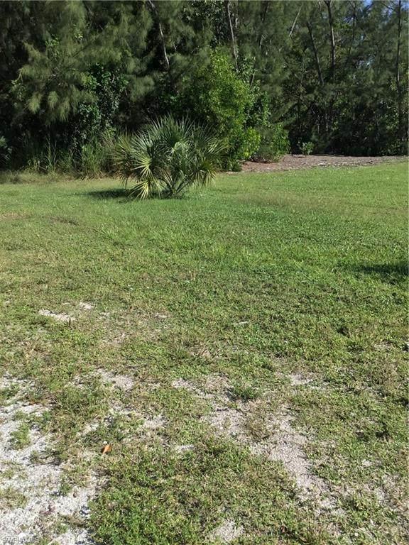 3594 Stabile Road, St. James City, FL 33956 (#221071124) :: MVP Realty