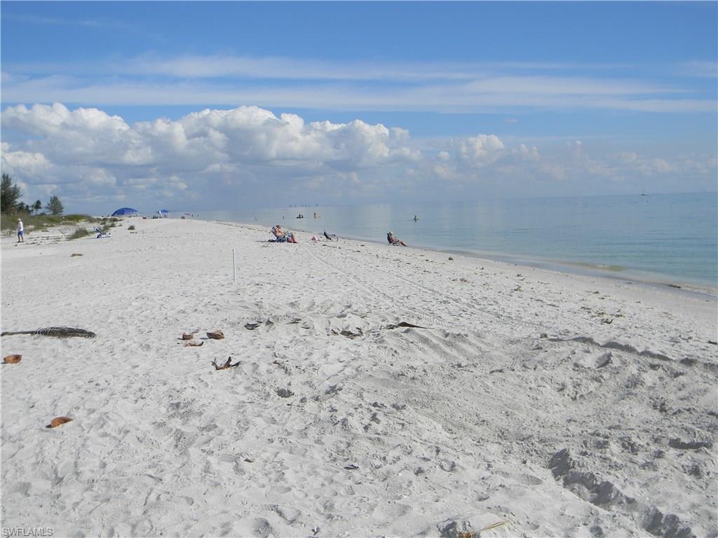 2721 Gulf Dr W #105, Sanibel, FL 33957 (MLS #215068159) :: The New Home Spot, Inc.