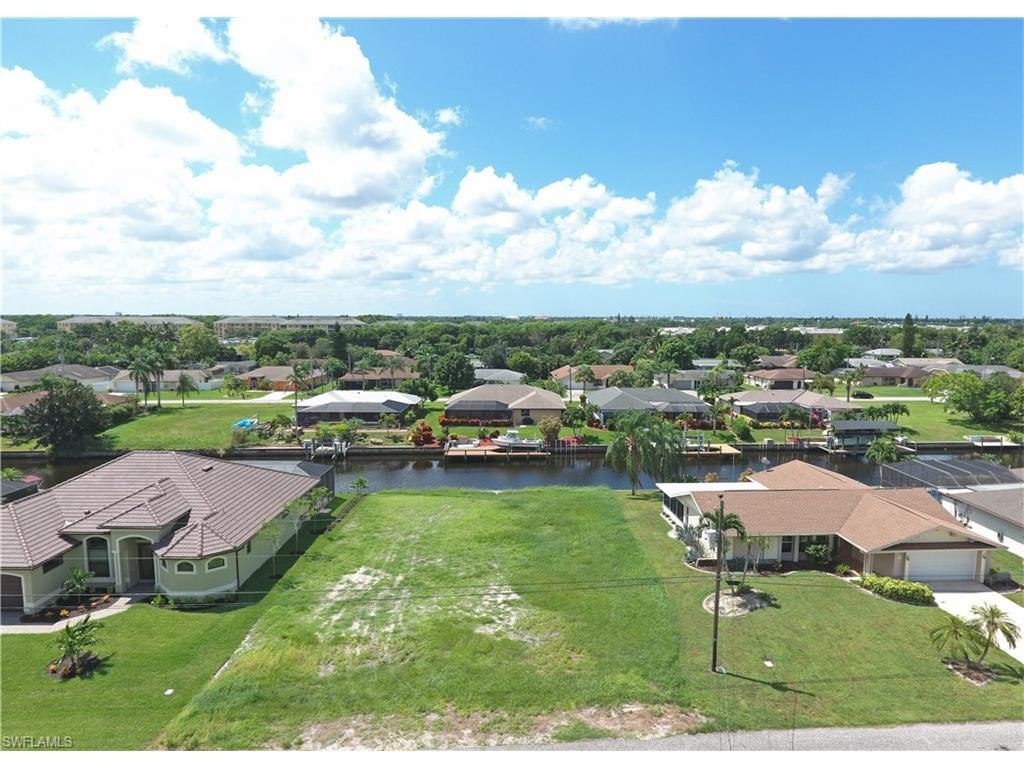 1822 SE 15th Ter, Cape Coral, FL 33990 (#216000895) :: Homes and Land Brokers, Inc