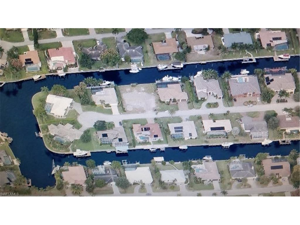979 Bal Isle Dr, Fort Myers, FL 33919 (#216010517) :: Homes and Land Brokers, Inc