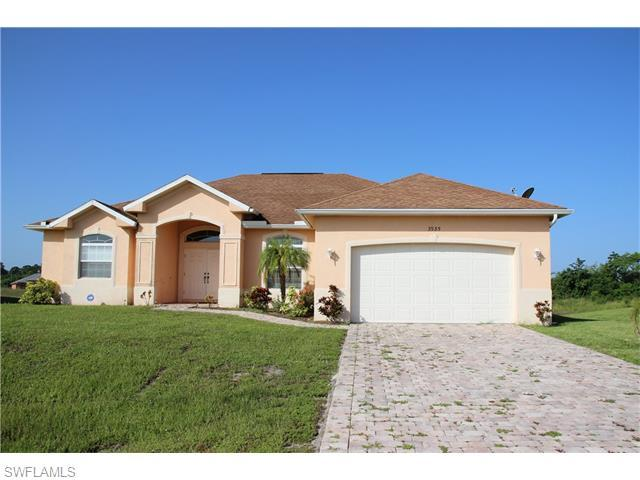 3935 18th St W, Lehigh Acres, FL 33971 (#216010878) :: Homes and Land Brokers, Inc
