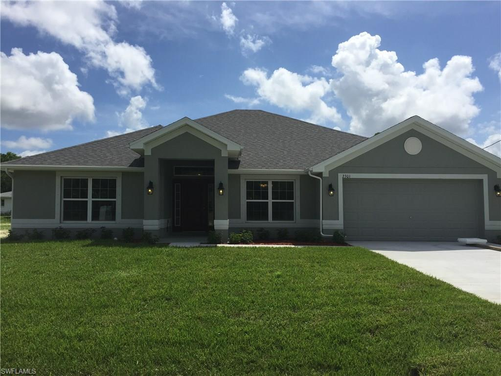 2301 SW 20th Ave, Cape Coral, FL 33991 (MLS #216015816) :: The New Home Spot, Inc.