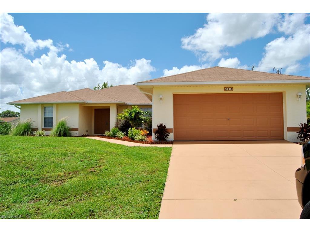 412 NE 8th Ter, Cape Coral, FL 33909 (MLS #216021263) :: The New Home Spot, Inc.