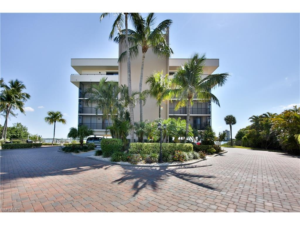 8403 Estero Blvd #302, Fort Myers Beach, FL 33931 (#216030706) :: Homes and Land Brokers, Inc