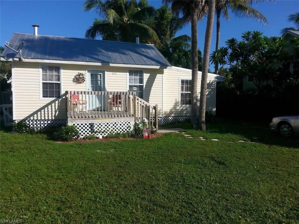 157 Hercules Dr, Fort Myers Beach, FL 33931 (MLS #216030868) :: The New Home Spot, Inc.