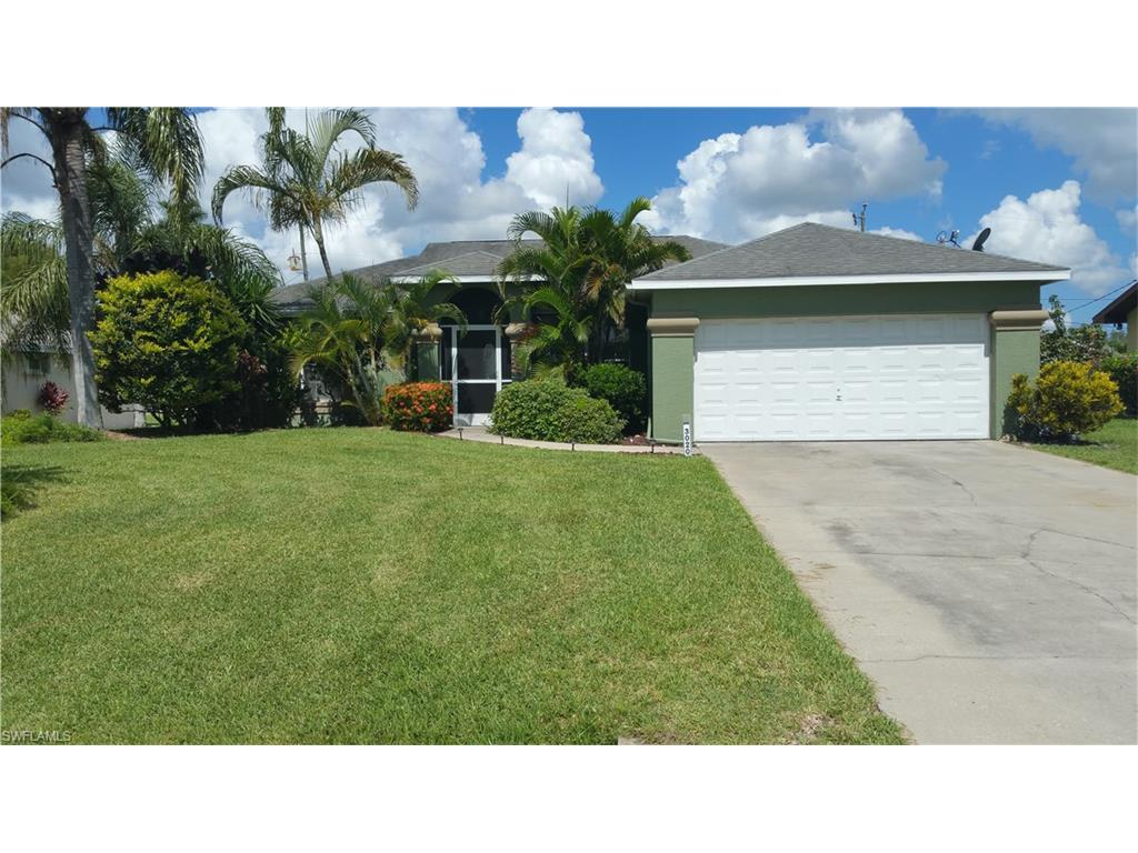 3020 SE 8th Ave, Cape Coral, FL 33904 (#216037205) :: Homes and Land Brokers, Inc
