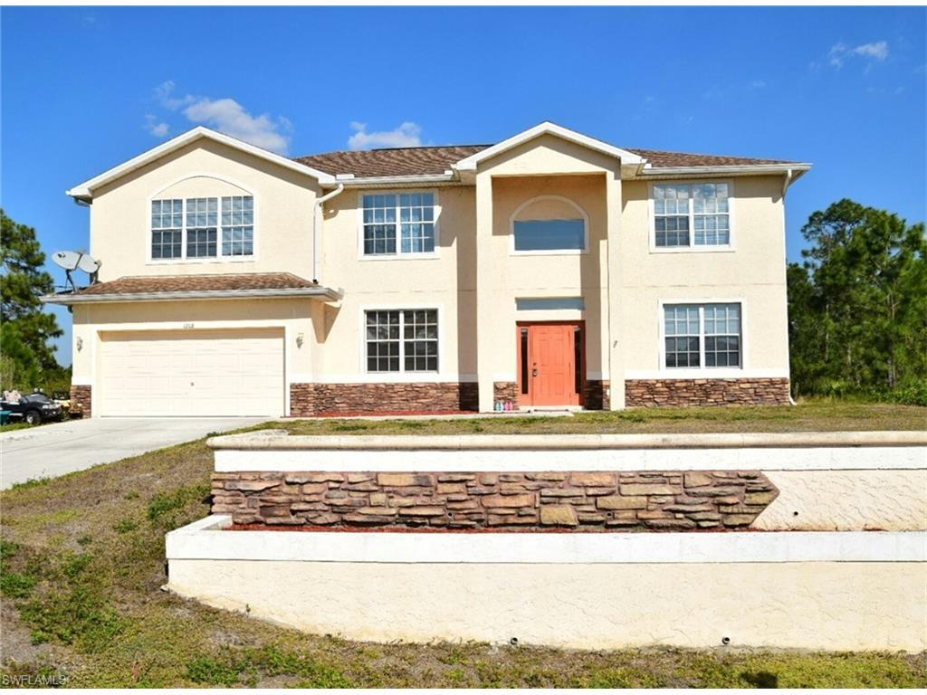 1208 Rush Ave, Lehigh Acres, FL 33972 (MLS #216040886) :: The New Home Spot, Inc.