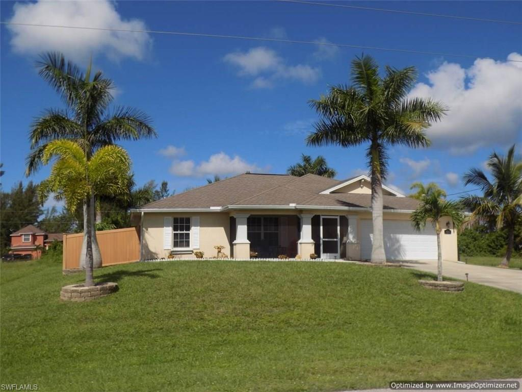 4214 Garden Blvd, Cape Coral, FL 33909 (MLS #216044677) :: The New Home Spot, Inc.
