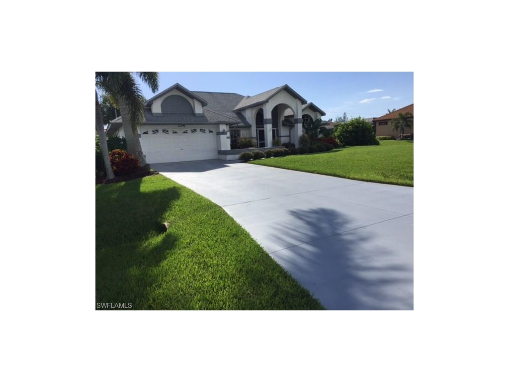 4922 SW 20th Pl, Cape Coral, FL 33914 (#216046331) :: Homes and Land Brokers, Inc