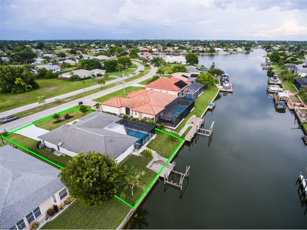 312 Kamal Pky, Cape Coral, FL 33904 (MLS #216047382) :: The New Home Spot, Inc.