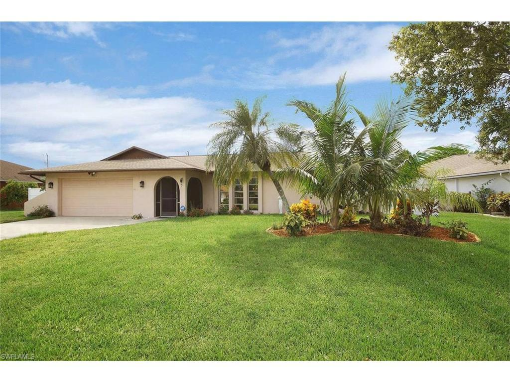 3902 SE 2nd Ave, Cape Coral, FL 33904 (MLS #216048468) :: The New Home Spot, Inc.
