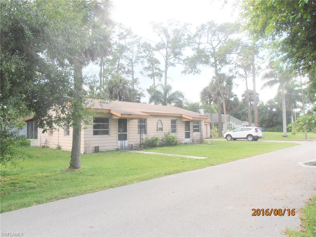 5-7 Blair St, North Fort Myers, FL 33903 (MLS #216052464) :: The New Home Spot, Inc.
