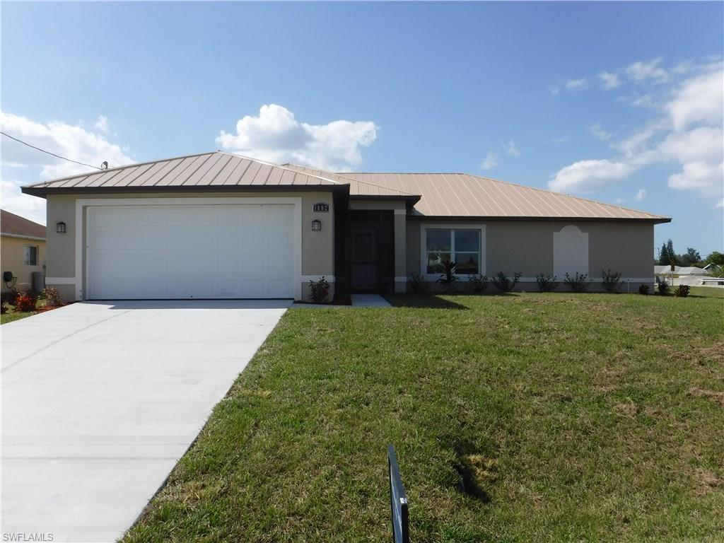 1002 SW 11th Pl, Cape Coral, FL 33991 (MLS #216052492) :: The New Home Spot, Inc.