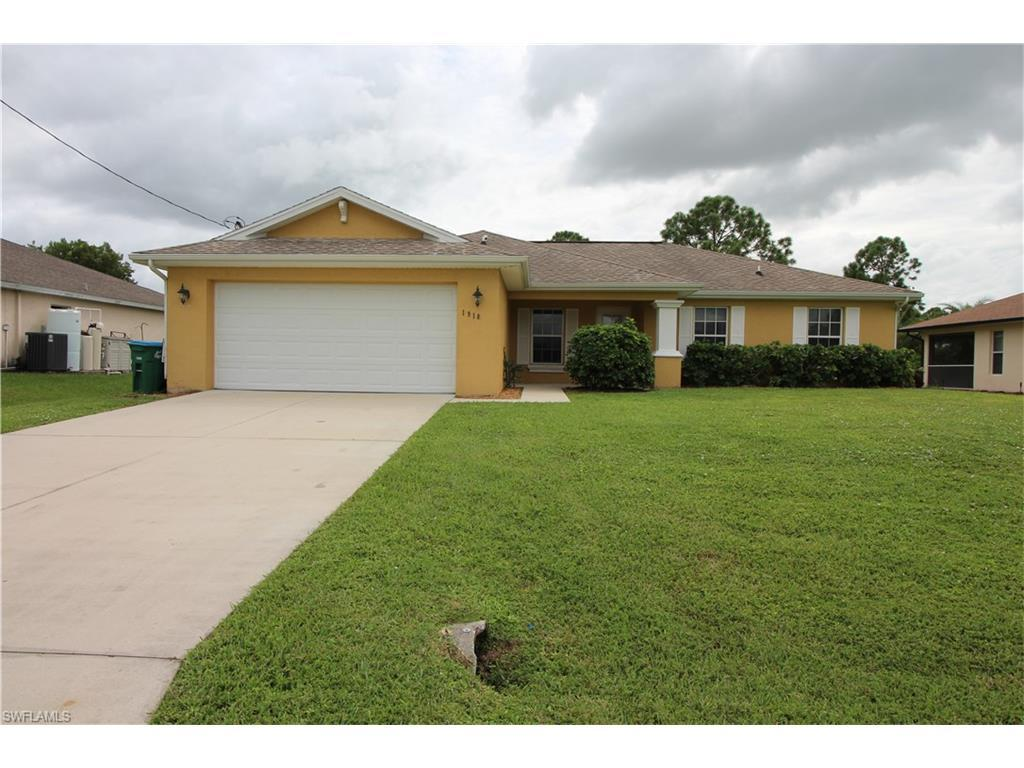 1918 NE 34th St, Cape Coral, FL 33909 (#216053167) :: Homes and Land Brokers, Inc