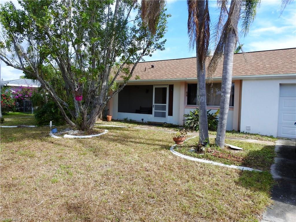 313 NE 11th Pl, Cape Coral, FL 33909 (MLS #216054701) :: The New Home Spot, Inc.