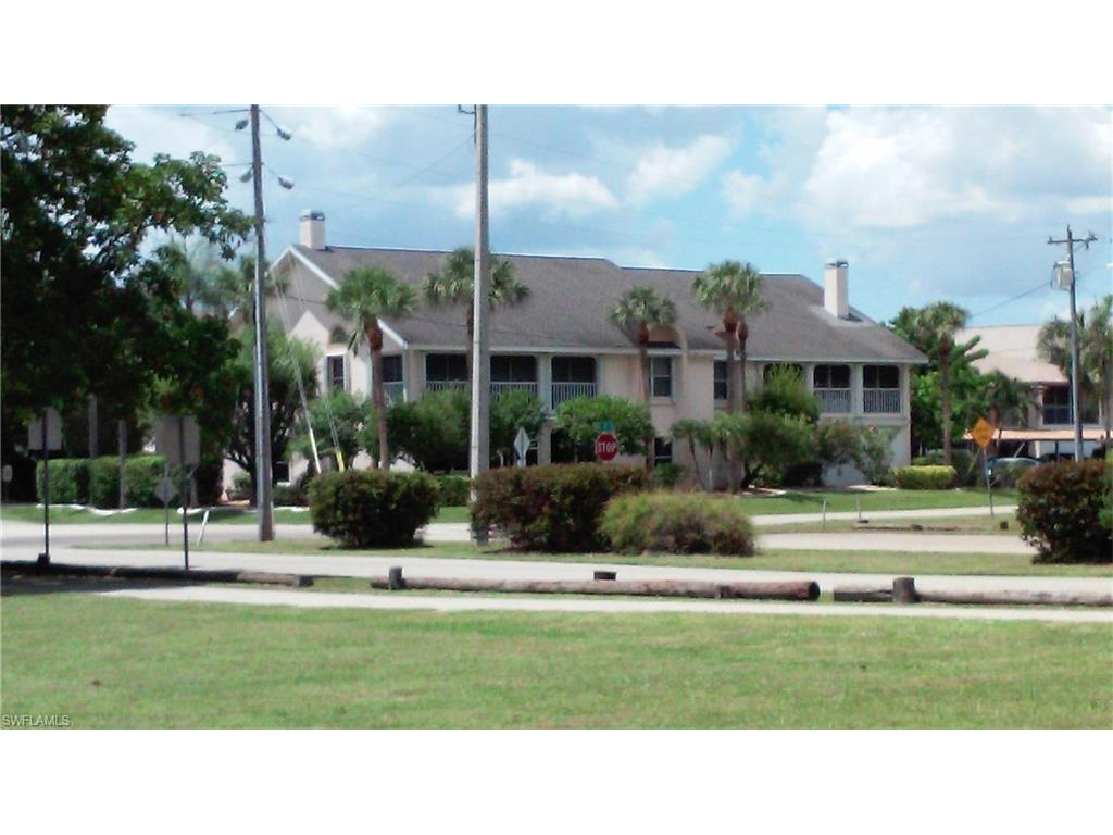 1953 Beach Pky #102, Cape Coral, FL 33904 (#216055240) :: Homes and Land Brokers, Inc