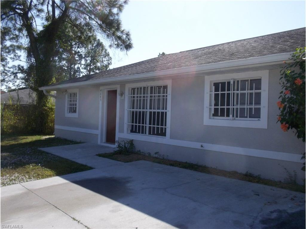 4645 28th St SW, Lehigh Acres, FL 33973 (MLS #216055697) :: The New Home Spot, Inc.