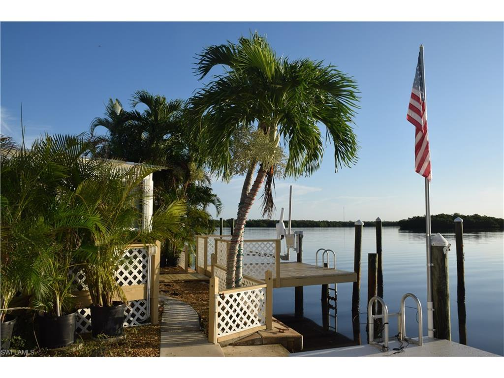 62 Emily Ln, Fort Myers Beach, FL 33931 (MLS #216055892) :: The New Home Spot, Inc.