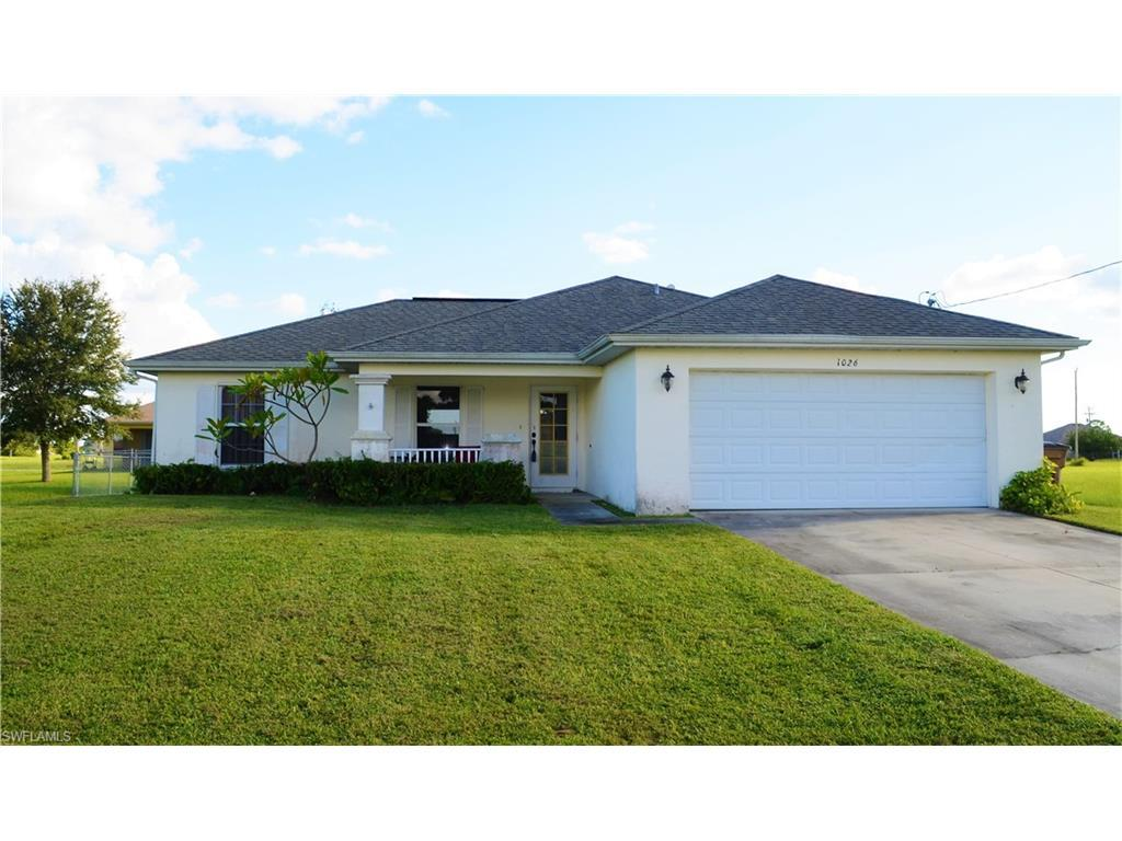 1026 NW 22nd St, Cape Coral, FL 33993 (#216059000) :: Homes and Land Brokers, Inc