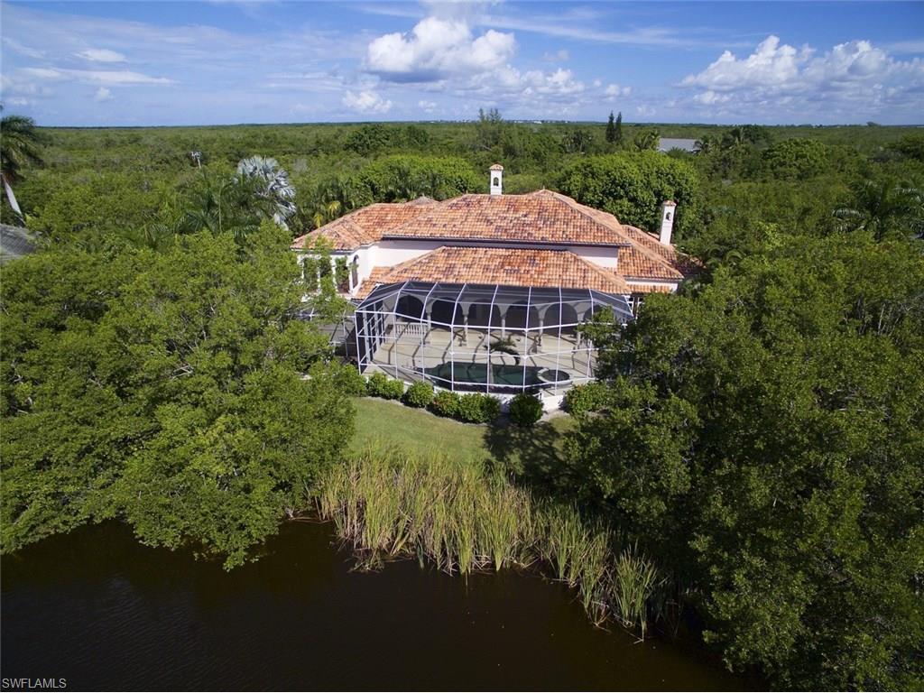 1052 Whisperwood Way, Sanibel, FL 33957 (MLS #216059318) :: The New Home Spot, Inc.