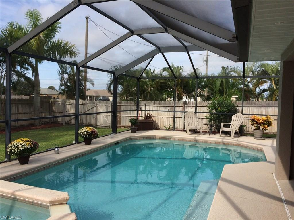 1422 NW 3rd Ter, Cape Coral, FL 33993 (MLS #216060862) :: The New Home Spot, Inc.