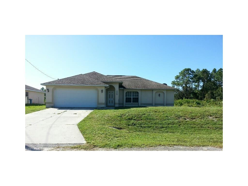 1144 Essex St E, Lehigh Acres, FL 33974 (MLS #216061607) :: The New Home Spot, Inc.