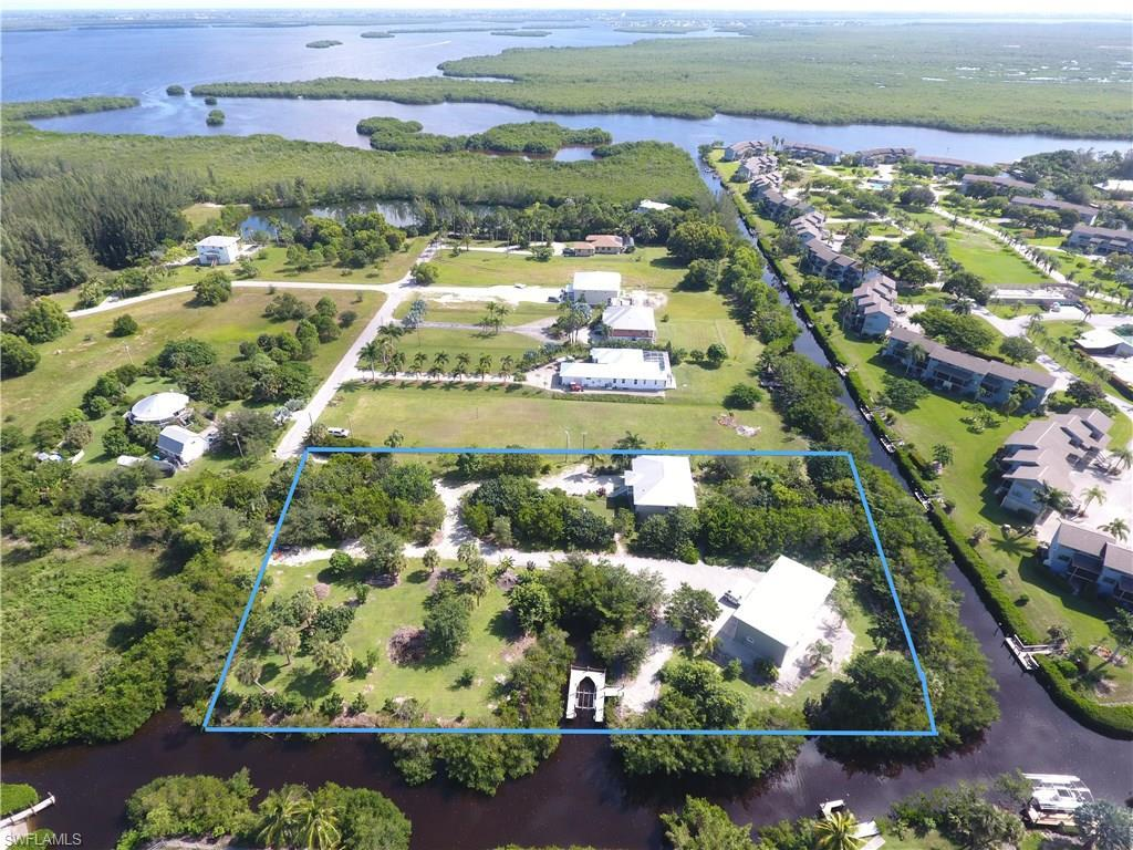 5455 Pine Creek Ln, Bokeelia, FL 33922 (MLS #216062556) :: The New Home Spot, Inc.
