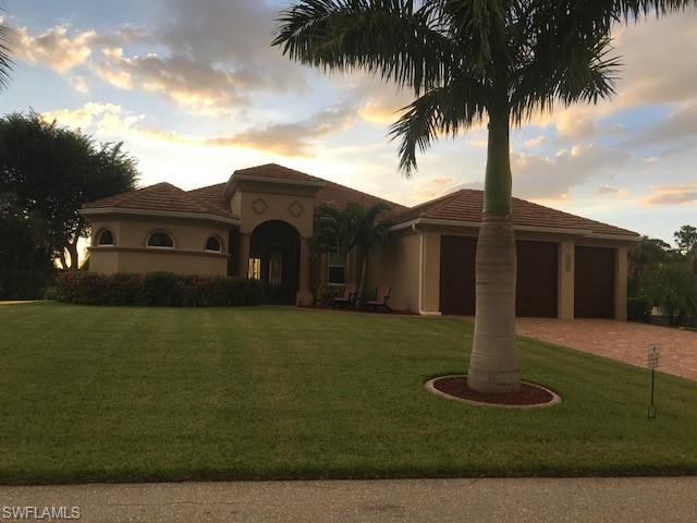 11302 Royal Tee Cir, Cape Coral, FL 33991 (MLS #218061614) :: RE/MAX DREAM
