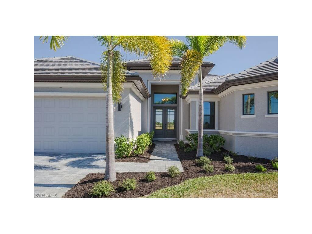 11762 Royal Tee Cir, Cape Coral, FL 33991 (MLS #215048534) :: The New Home Spot, Inc.