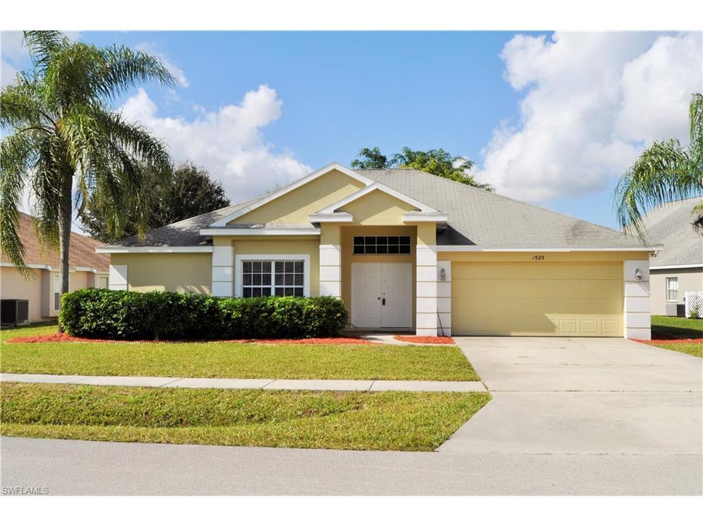 1525 Honor Ct, Lehigh Acres, FL 33971 (#216008838) :: Homes and Land Brokers, Inc