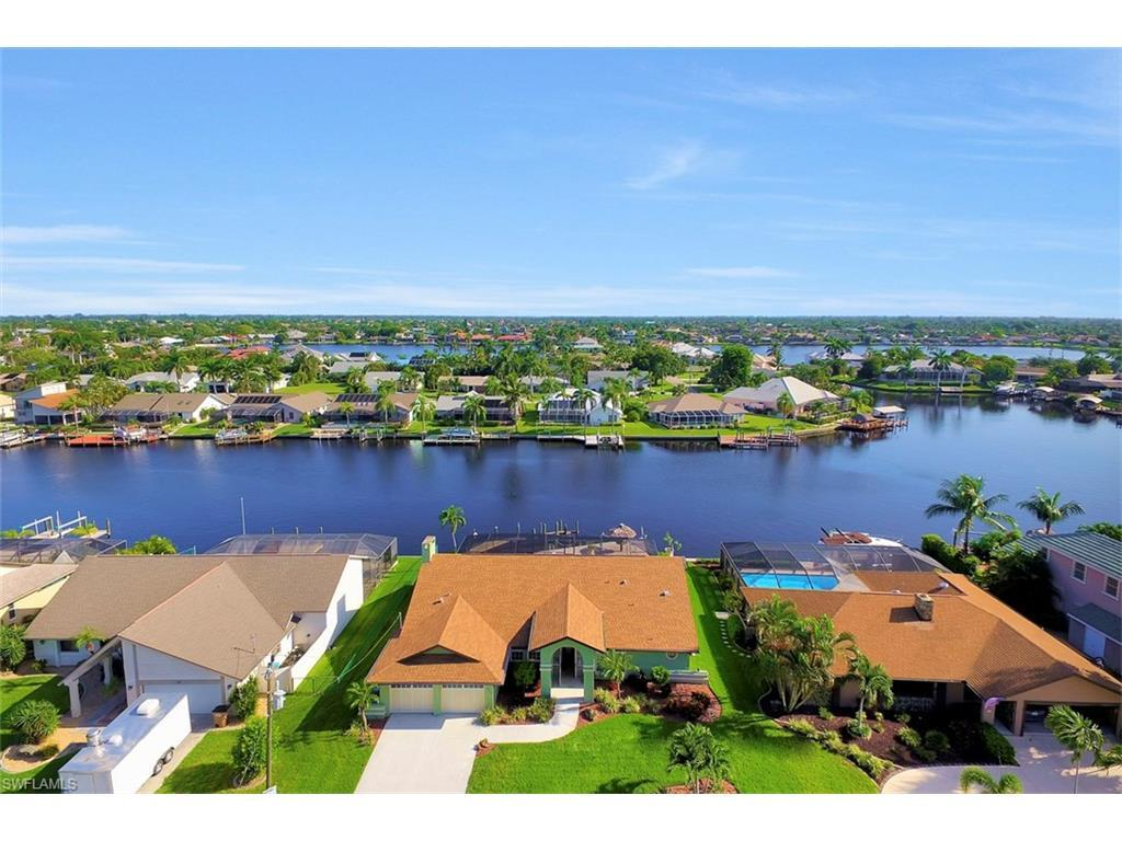 607 SW 57th St, Cape Coral, FL 33914 (#216044586) :: Homes and Land Brokers, Inc