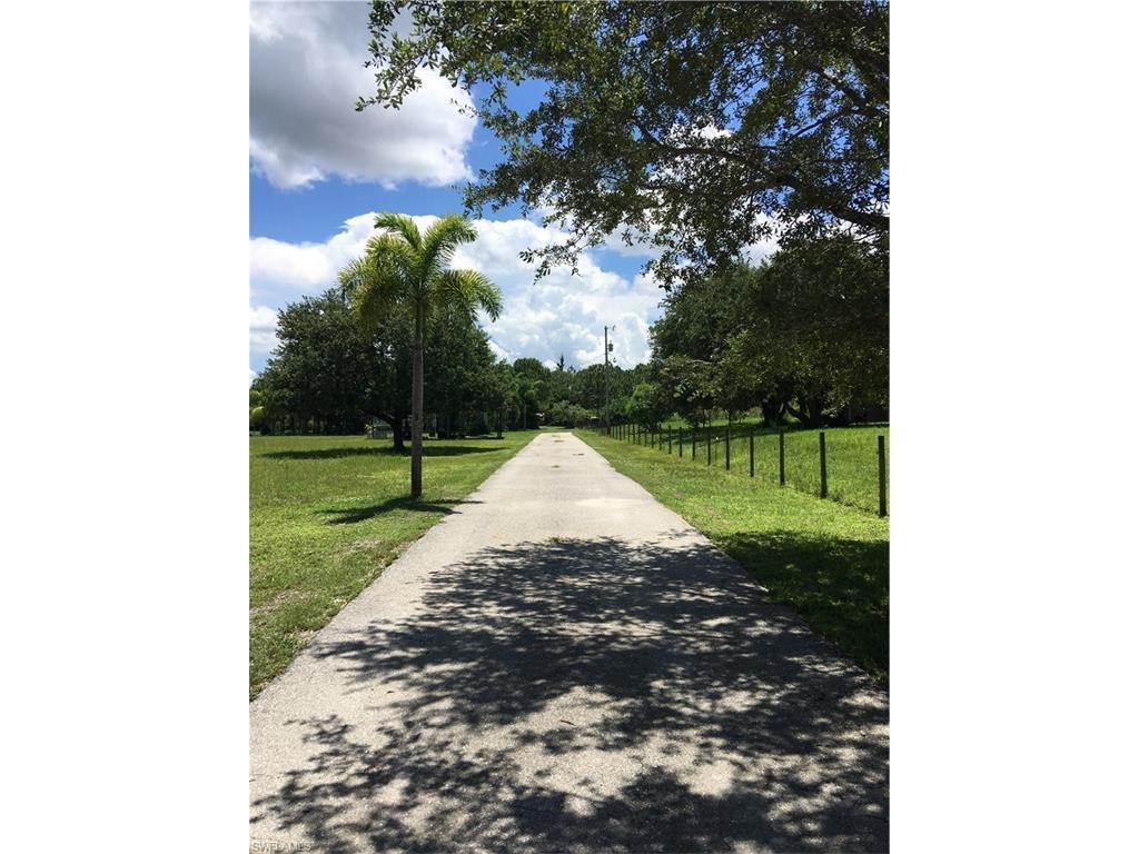 11731 Shawnee Rd, Fort Myers, FL 33913 (MLS #216045189) :: The New Home Spot, Inc.