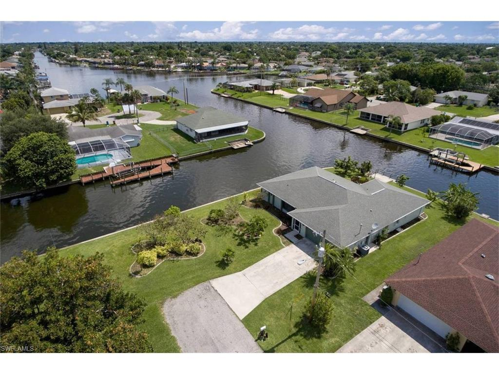 4001 SE 1st Ave, Cape Coral, FL 33904 (MLS #216045652) :: The New Home Spot, Inc.