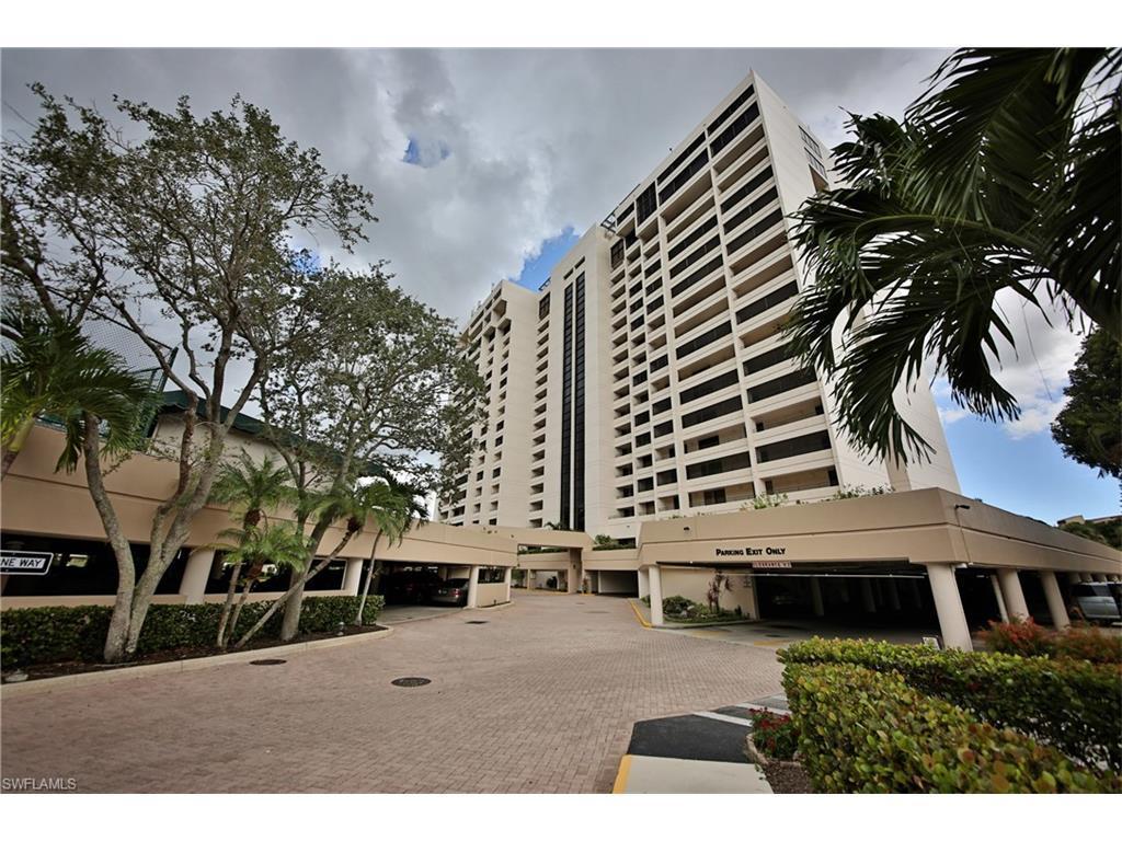 5260 S Landings Dr #303, Fort Myers, FL 33919 (MLS #216050038) :: The New Home Spot, Inc.