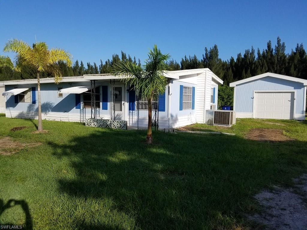 5058 Curlew Dr, St. James City, FL 33956 (MLS #216050870) :: The New Home Spot, Inc.