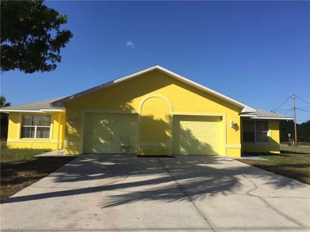 526 NE 24th Ave, Cape Coral, FL 33909 (#216052318) :: Homes and Land Brokers, Inc