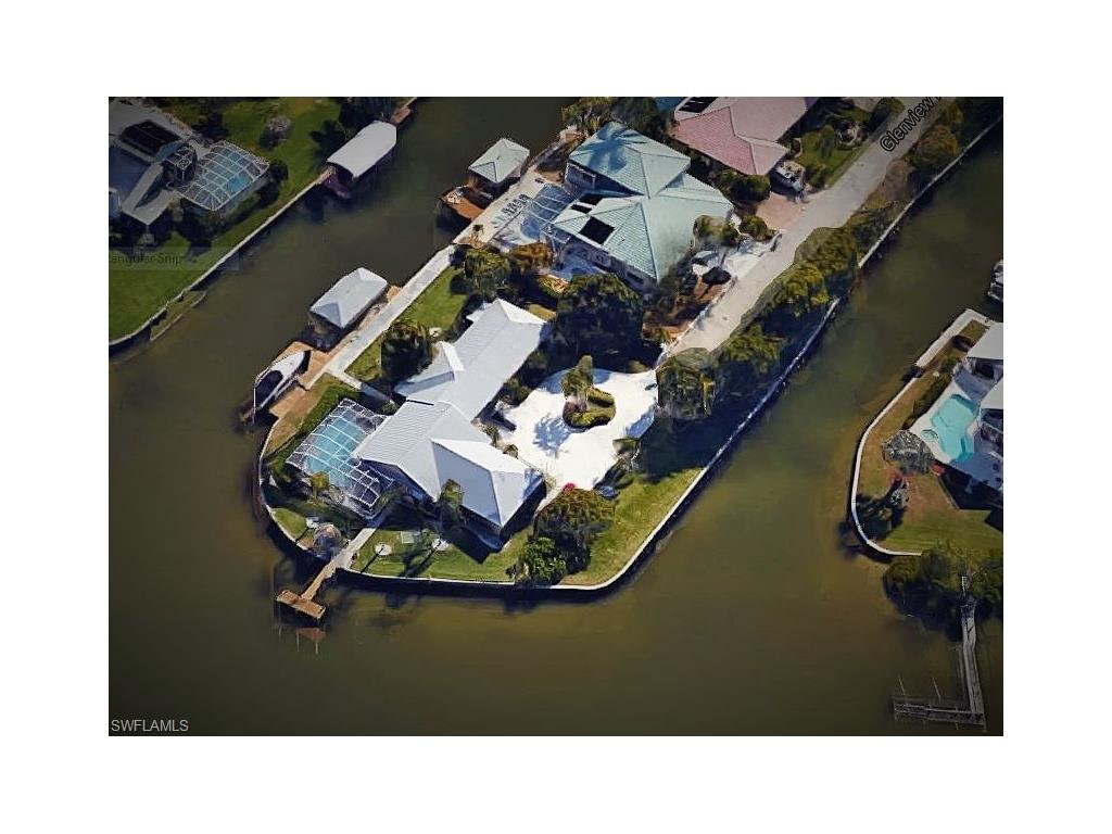 10 Glenview Manor Dr, Fort Myers Beach, FL 33931 (#216055265) :: Homes and Land Brokers, Inc