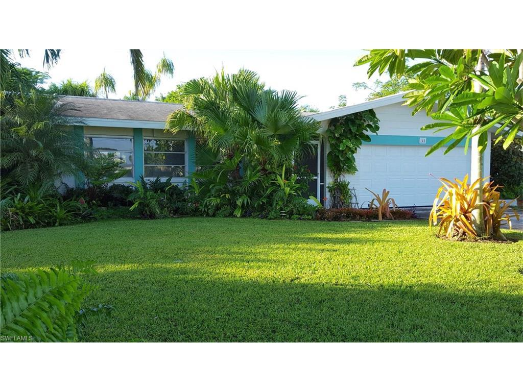 148 Bayshore Dr S, Cape Coral, FL 33904 (#216056706) :: Homes and Land Brokers, Inc