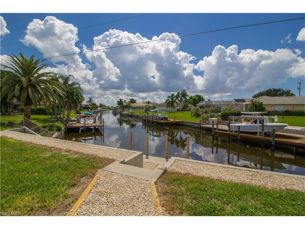 1116 SE 37th St, Cape Coral, FL 33904 (MLS #216058565) :: The New Home Spot, Inc.