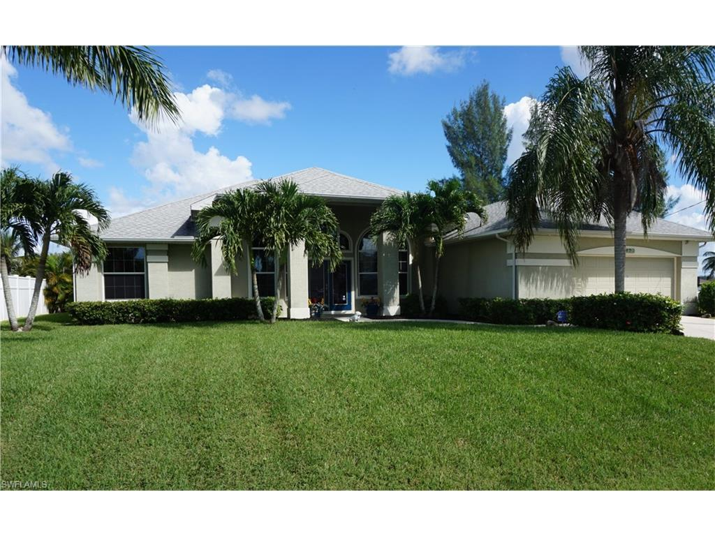 429 NW 39th Ave, Cape Coral, FL 33993 (#216060696) :: Homes and Land Brokers, Inc