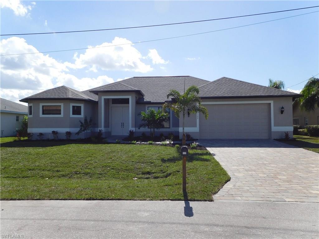 122 SE 31st Ter, Cape Coral, FL 33904 (MLS #216063088) :: The New Home Spot, Inc.