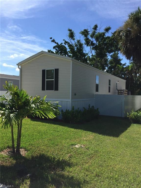 331 Ellis St, North Fort Myers, FL 33903 (MLS #218037148) :: RE/MAX DREAM