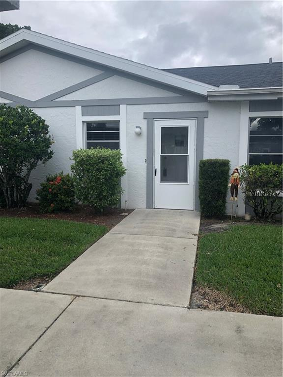 1355 Sandtrap Dr, Fort Myers, FL 33919 (MLS #218071391) :: RE/MAX Realty Team