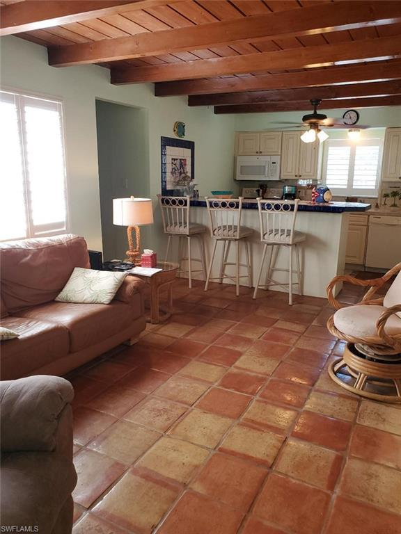 217 Fairweather Ln, Fort Myers Beach, FL 33931 (MLS #219032405) :: RE/MAX Realty Team