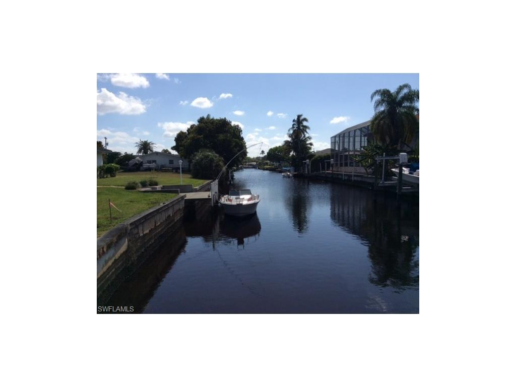 4441 N Gulf Cir, North Fort Myers, FL 33903 (#214044890) :: Homes and Land Brokers, Inc
