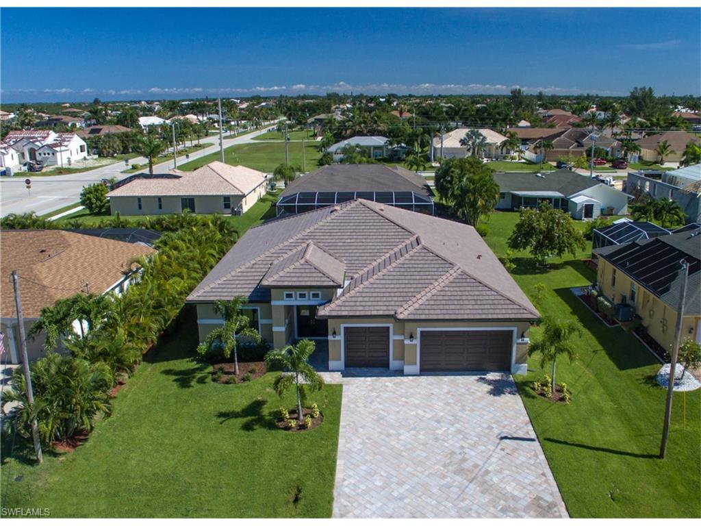 2723 SW 48th Ter, Cape Coral, FL 33914 (MLS #215053626) :: The New Home Spot, Inc.